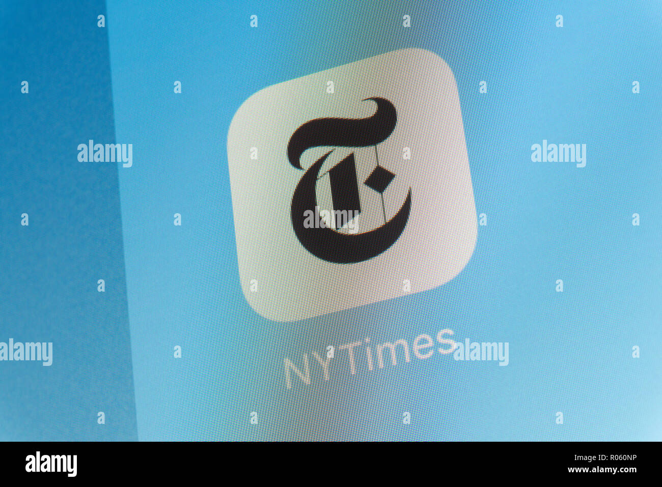 New Yprk Times App on cellphone screen - Stock Image