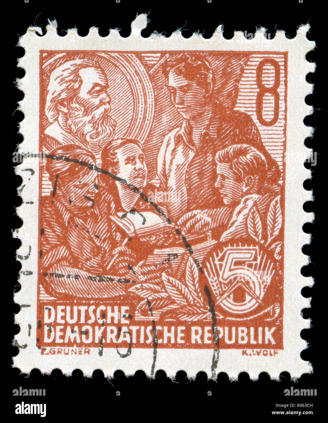 N°8 Deutsche Demokratische Republik under construction Germany DDR 1954 CHROMO