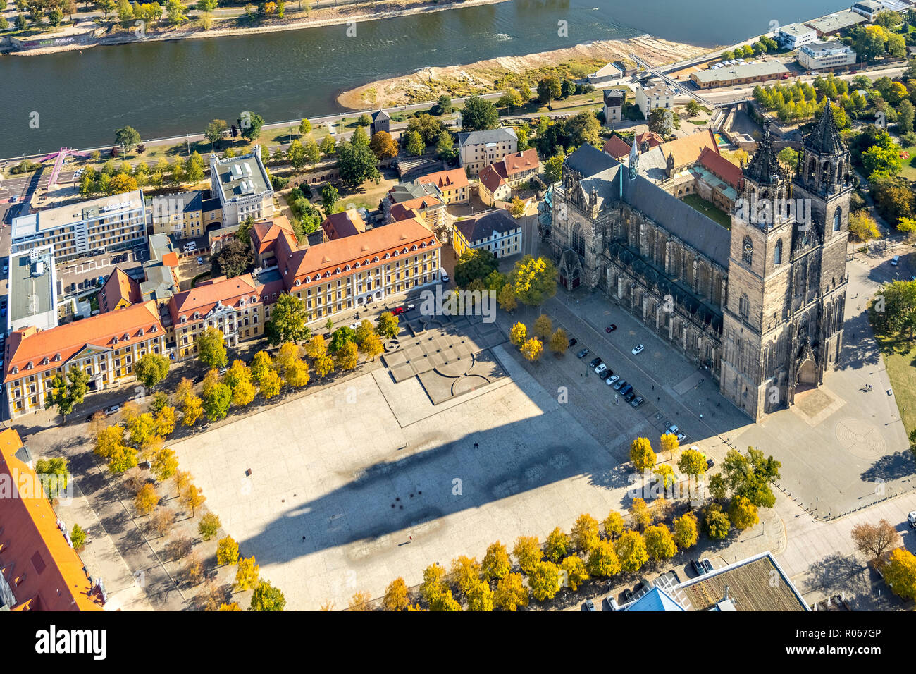 Aerial view, Cathedral of Magdeburg, Cathedral Square next to Ministry of Justice and Equality of Saxony-Anhalt, Magdeburg-Altstadt, Magdeburg, Saxony - Stock Image