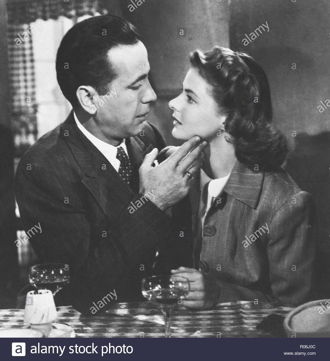 Humphrey Bogart and Ingrid Bergman in a publicity photo for Casablanca, 1942 American film. With Paul Henreid, Conrad Veidt. Claude Rains, Peter Lorre. Here's looking at you, kid. - Stock Image