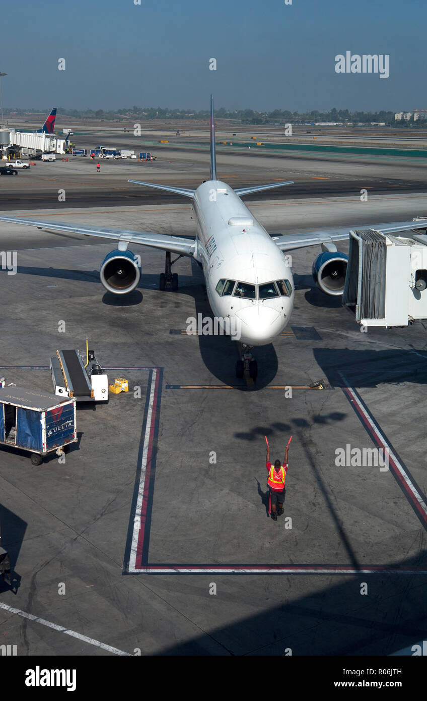 Airplane arriving at gate at Missoula International Airport in Montana, USA - Stock Image