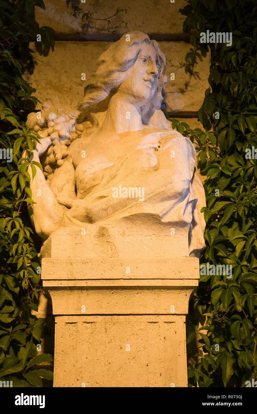 Wien, Stadtpark, Allegorische Figur Herbst - Stock Image