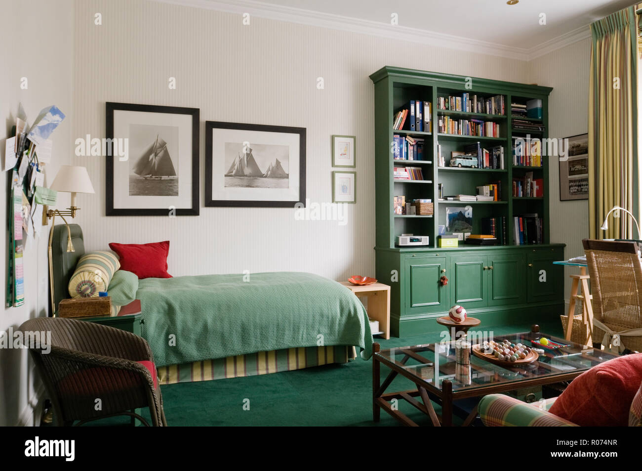 Storage Shelves Bedroom High Resolution Stock Photography And Images Alamy