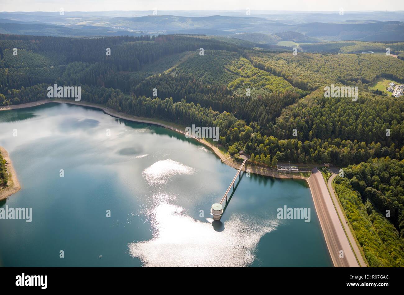 Luftaufnahme, Künstlicher See Obernau Talsperre, Brauersdorf, Netphen, Siegerland, Kreis Siegen-Wittgenstein, Nordrhein-Westfalen, Deutschland, DEU, E - Stock Image