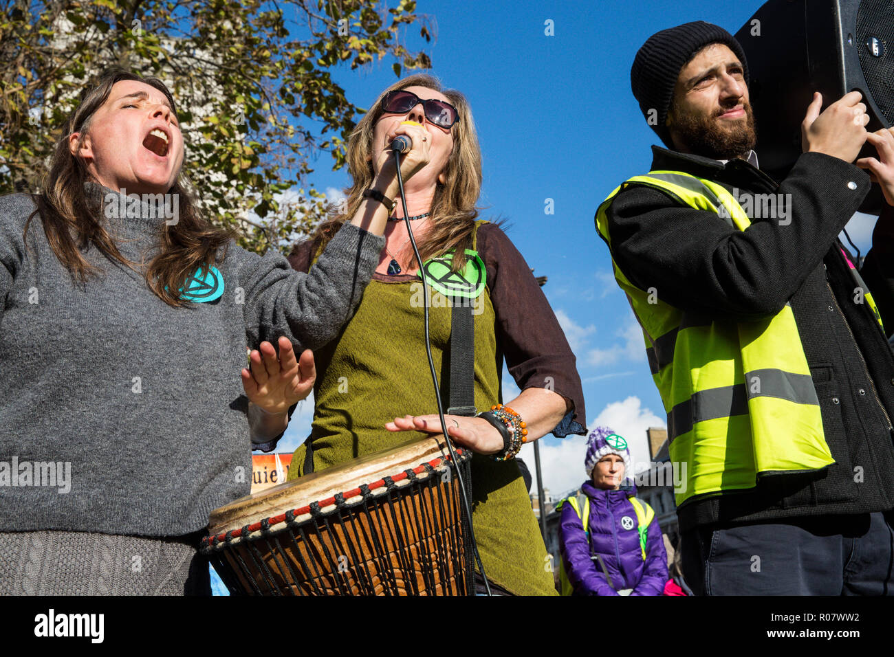London, UK. 31st October, 2018. Singers, including one who went to prison for her beliefs, entertain environmental campaigners gathered in Parliament  - Stock Image