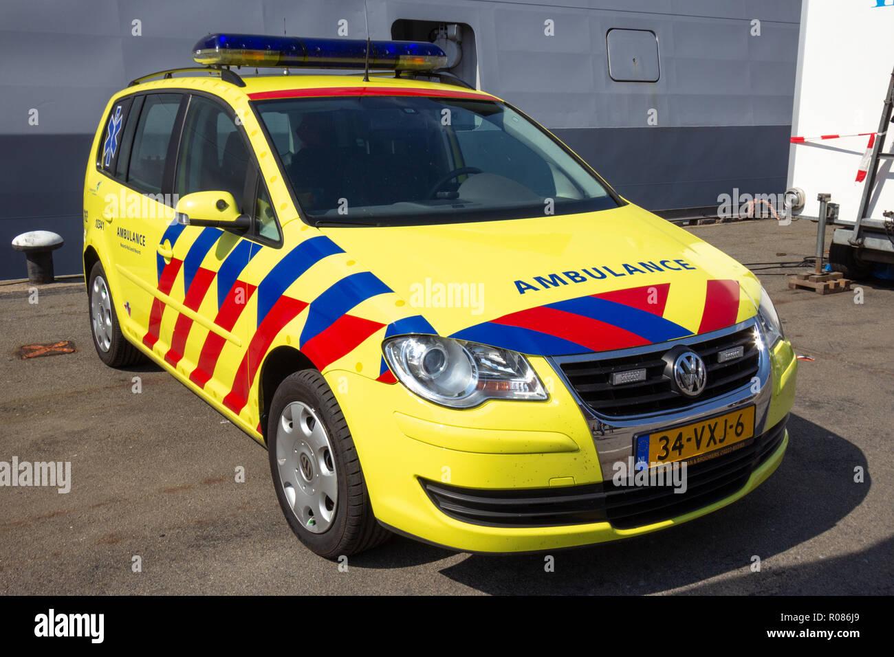 Garage Den Helder : Den helder the netherlands jul 7 2012: volkwagen touran