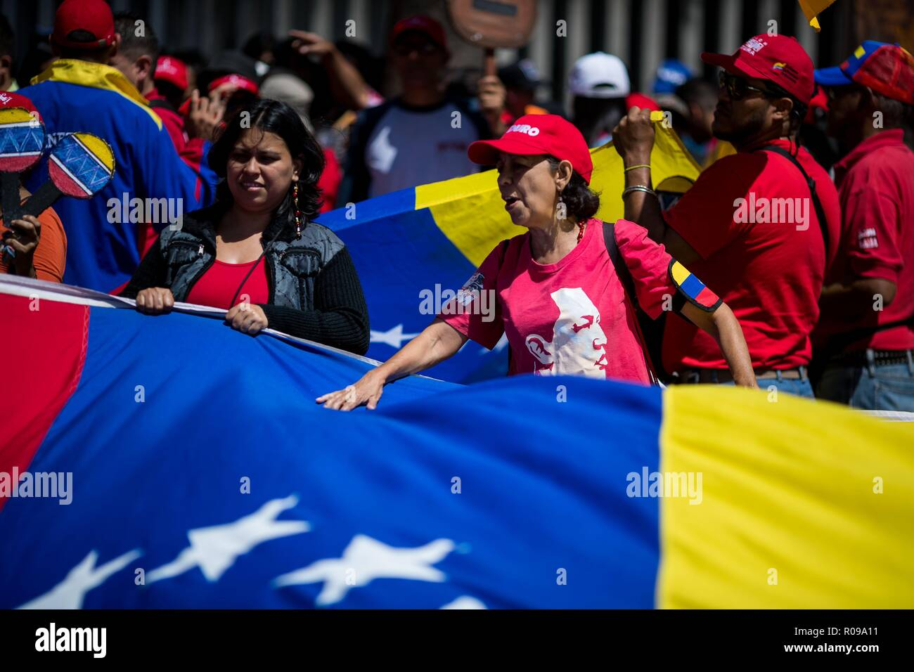 Caracas, Venezuela. 02nd Nov, 2018. Sympathizers of Nicolas Maduro's Government participate in a protest against imperialism and in honor of Venezuelan folk singer Ali Primera, in Caracas, Venezuela, 02 November 2018. Credit: Miguel Gutierrez/EFE/Alamy Live News - Stock Image