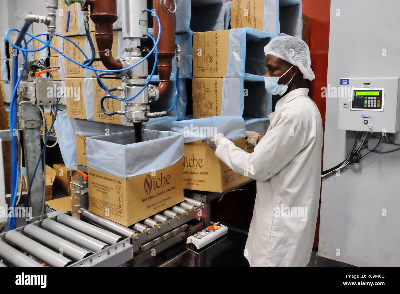 Cocoa Processing Stock Photos & Cocoa Processing Stock Images - Alamy