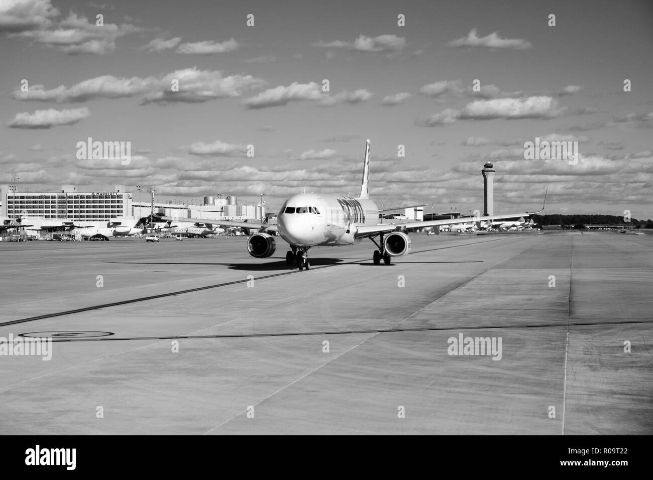 Spirit Airlines (N683NK) Airbus A321 taxiing on the runway before taking off from George Bush Intercontinental Airport, Houston, Texas, USA. - Stock Image