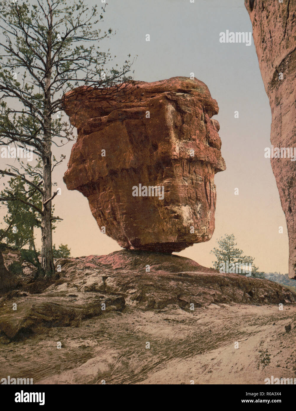 Giant Balancing Sandstone Rock, Garden of the Gods, Colorado Springs, Colorado, USA, William Henry Jackson for Detroit Publishing Company, 1905 Stock Photo