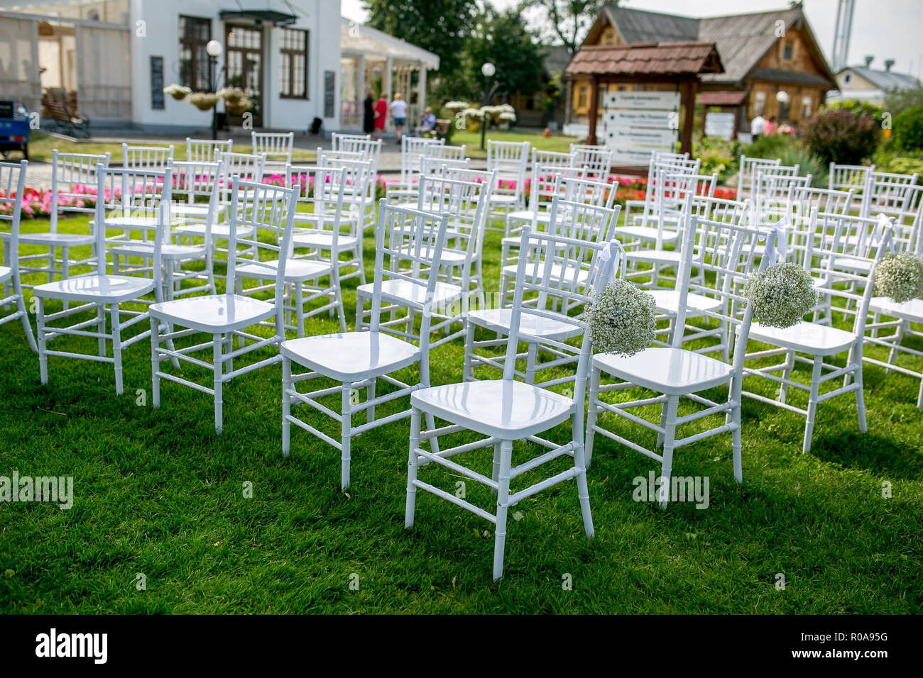 Summer Outdoor Wedding Ceremony Decoration White Classic