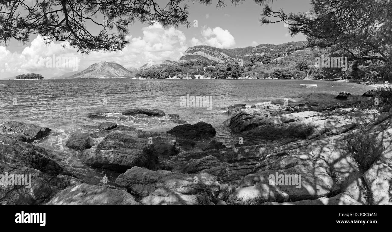Croatia - The coast of Peliesac peninsula near Zuliana village Stock Photo