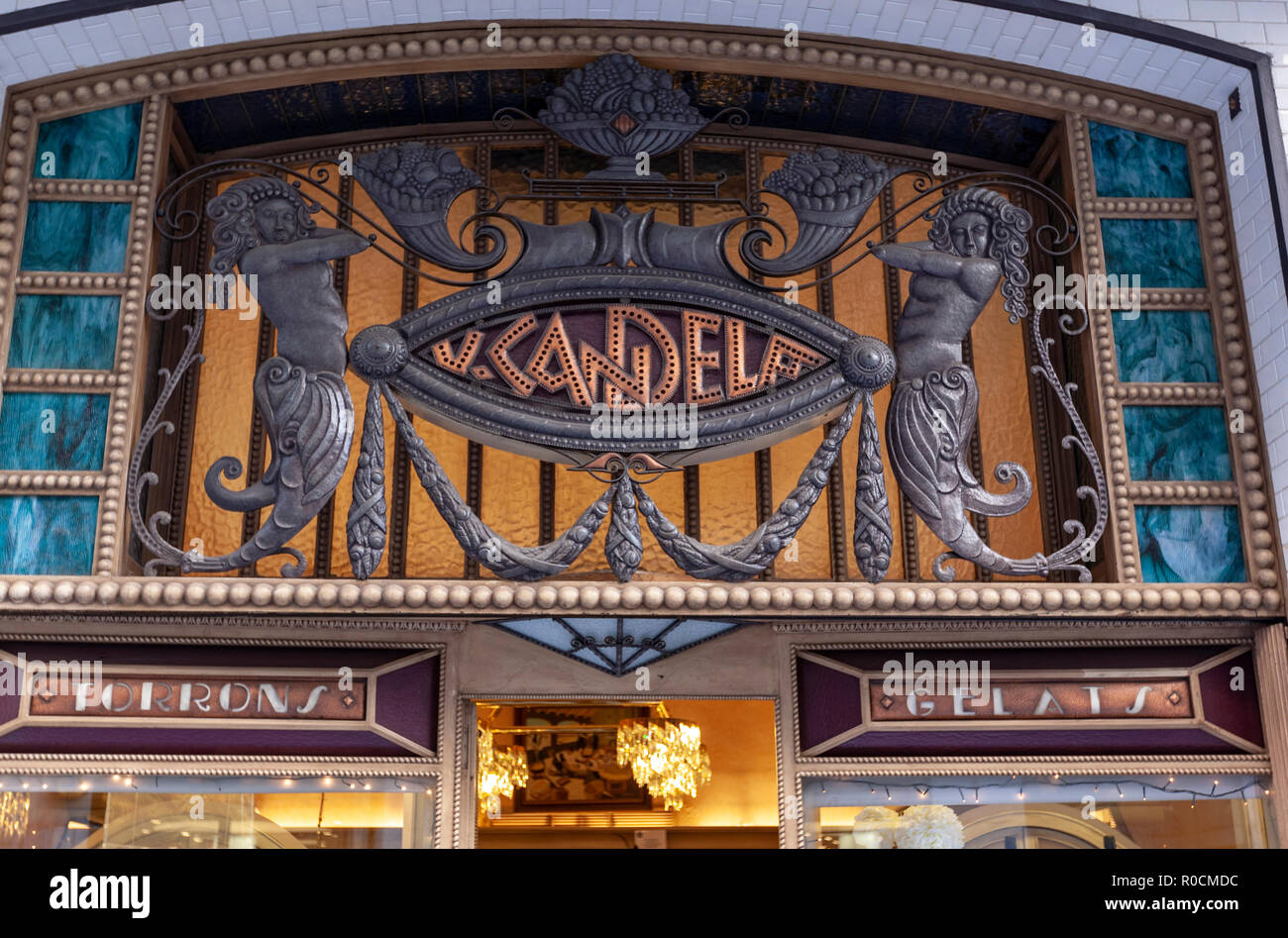 Candela ice cream and turron showcase shop in Argenteria, 8, the old town of Girona, Catalonia, Spain - Stock Image