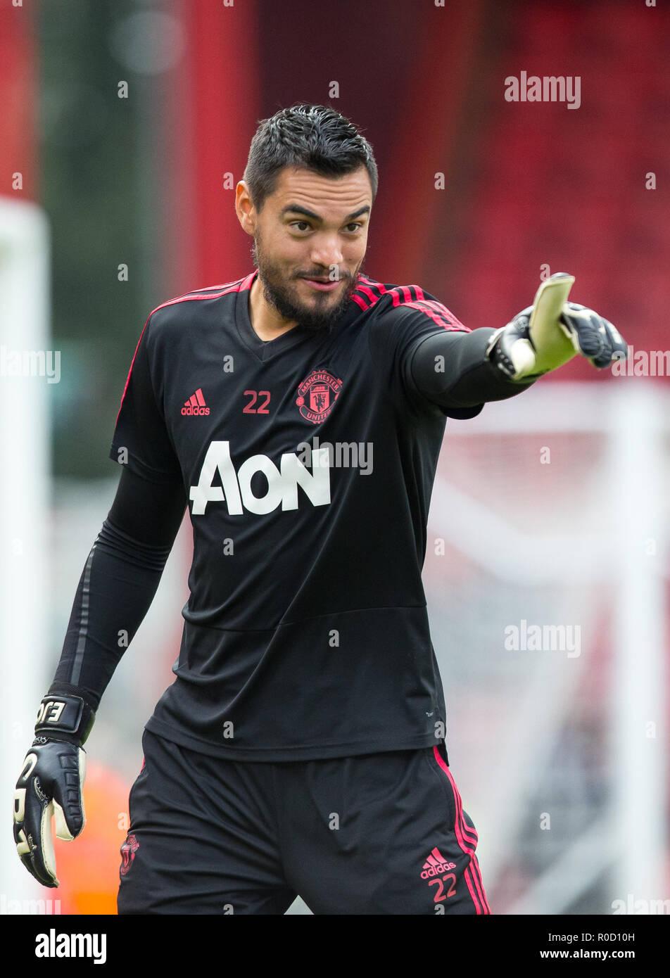 e3eb25bddab Manchester United Goalkeeper Sergio Romero Stock Photos   Manchester ...