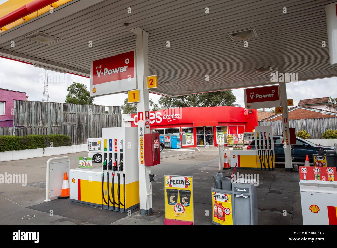 419570cf412 Shell Petrol Australia Stock Photos & Shell Petrol Australia Stock ...