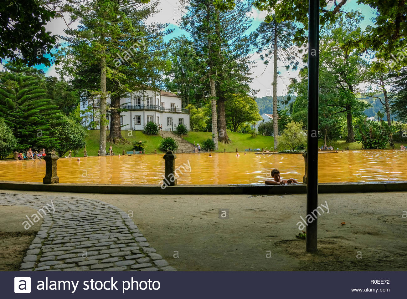 Hot Spring Water Swimming Pool, Parque Terra Nostra, Furnas, Ilha São Miguel, Azores, Portugal - Stock Image