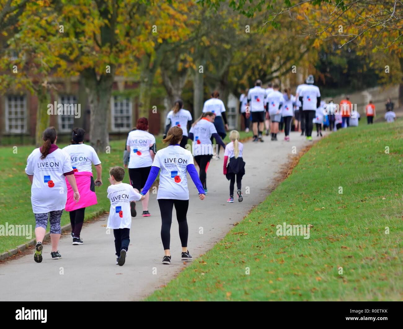 Nottingham, UK. 4th November 2018. The Royal British Legion Poppy Run on Wollaton Park,Nottingham,England,UK. Credit: ACORN 1/Alamy Live News. - Stock Image