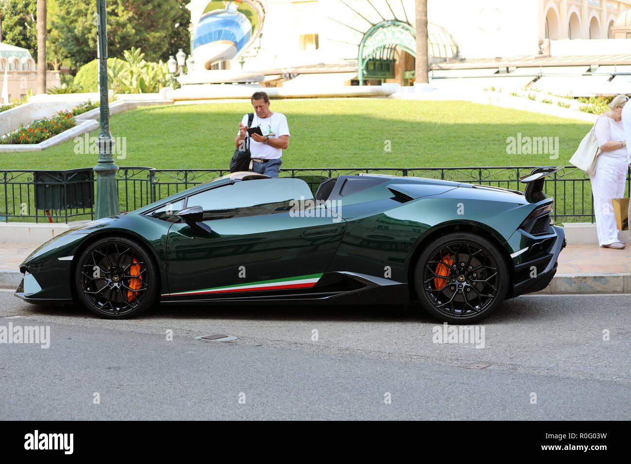 Green Lamborghini Huracan Stock Photos Green Lamborghini Huracan