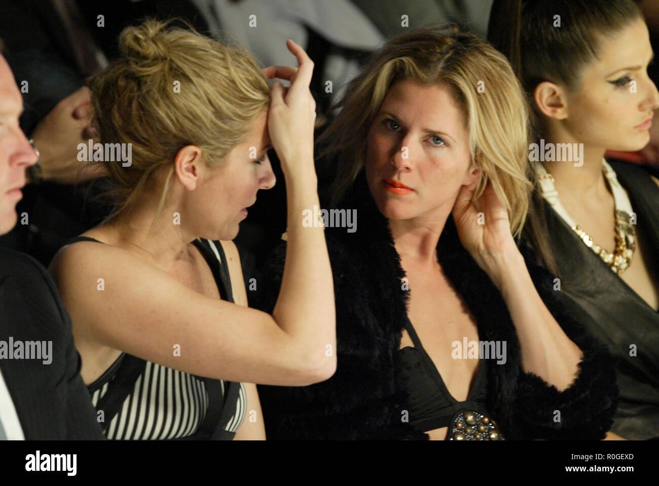Brunette mature show sass