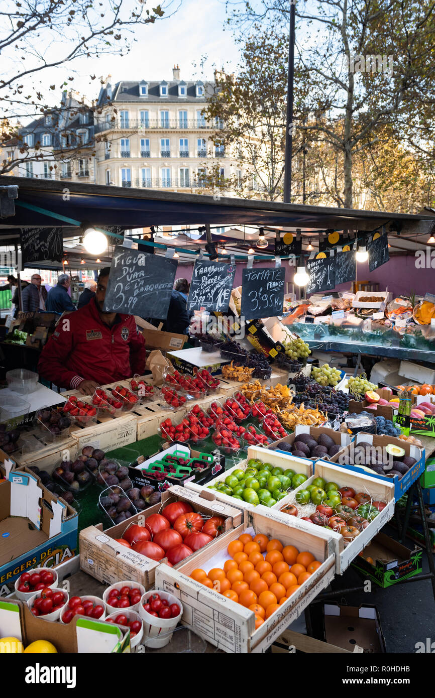 Colorful fruit stand on Paris market. - Stock Image