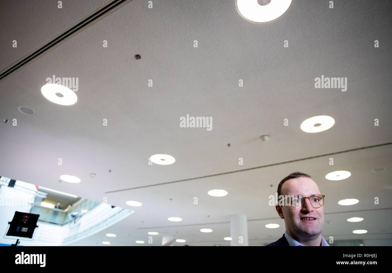 Berlin, Germany. 05th Nov, 2018. Jens Spahn (CDU), Federal Minister of Health, speaks to media representatives at the CDU headquarters, the Konrad Adenauer House. This is where the party leadership meets for a closed conference. Credit: Kay Nietfeld/dpa/Alamy Live News - Stock Image