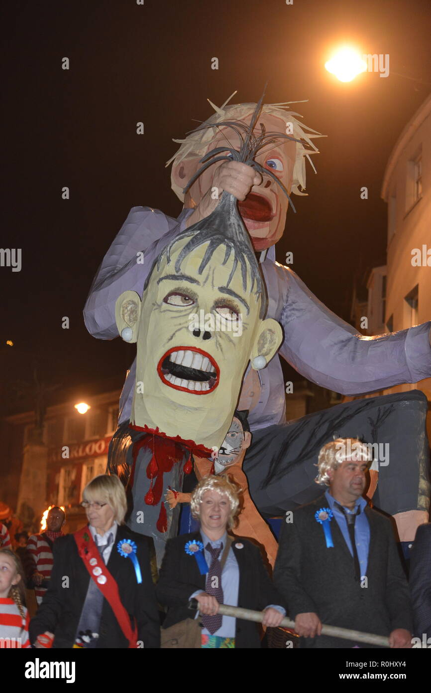 Lewes, East Sussex, UK. 5th November 2018. Boris Johnson effigy pulled through the streets of Lewes, East Sussex during the towns famous Bonfire celebrations ©️Peter Cripps/Alamy Live News - Stock Image