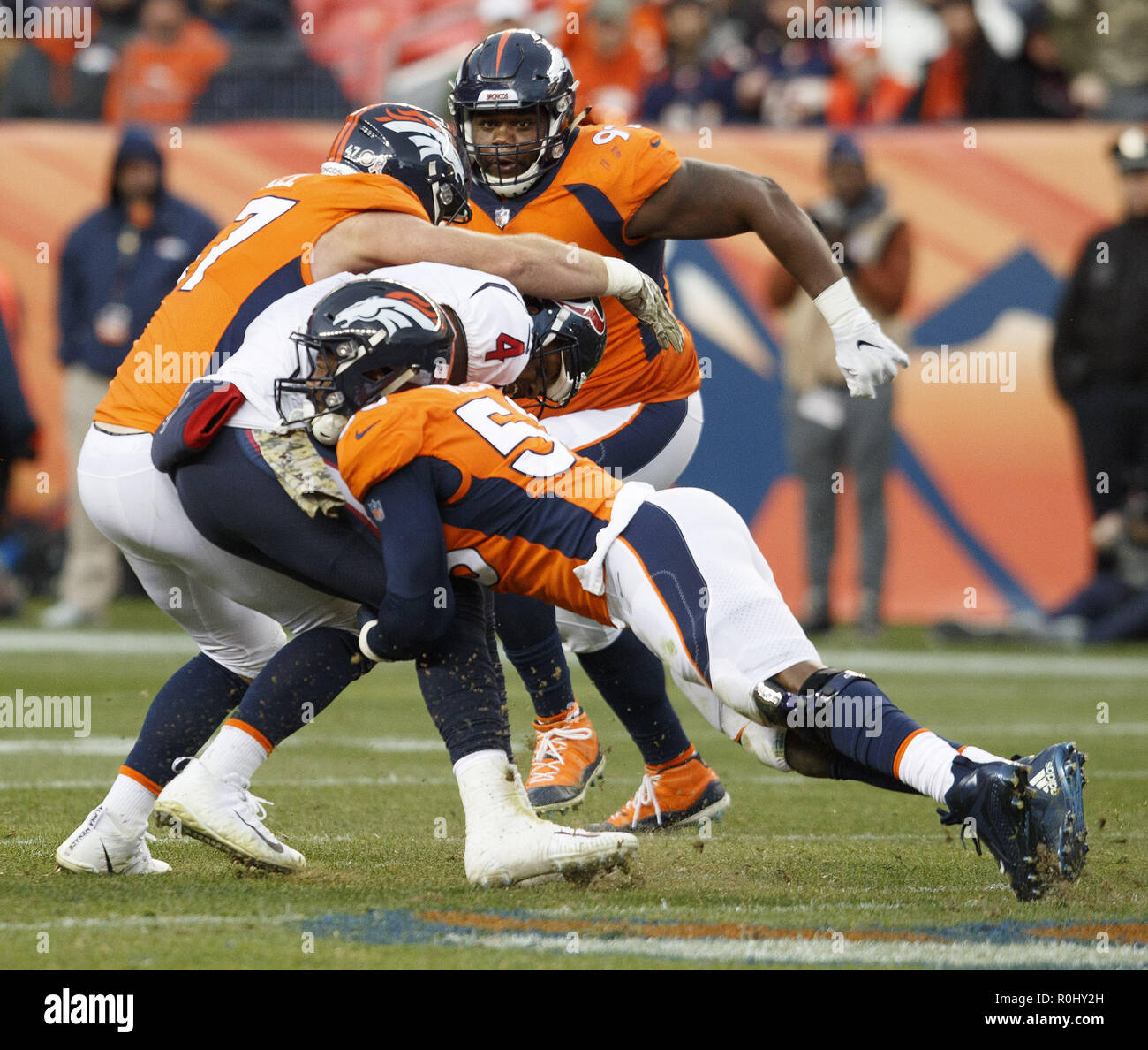 Von Miller Denver Broncos Stock Photos & Von Miller Denver