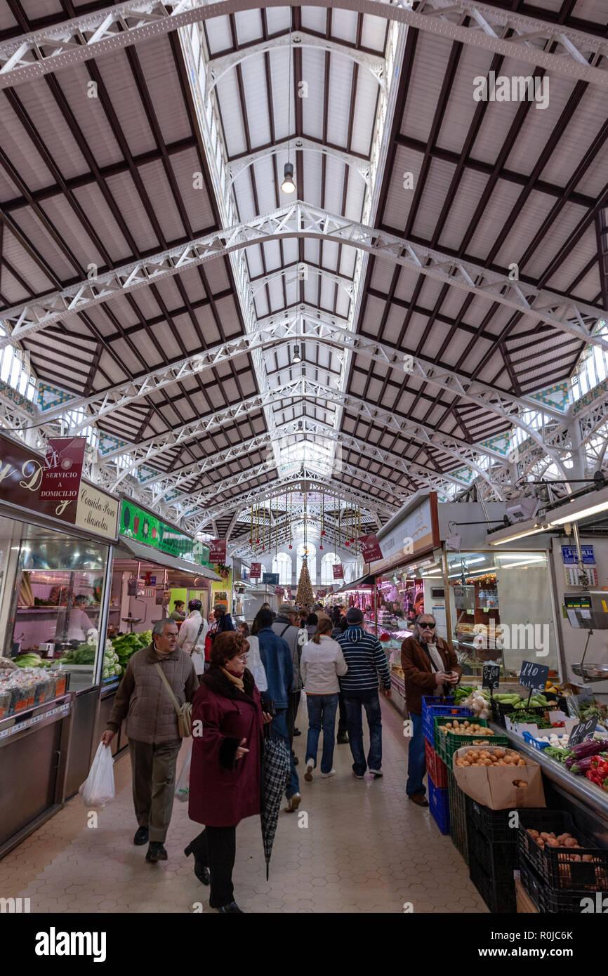 Fruit stall in Mercado Central de Valencia, Valencian Art Nouveau architecture, Valencia, Spain Stock Photo