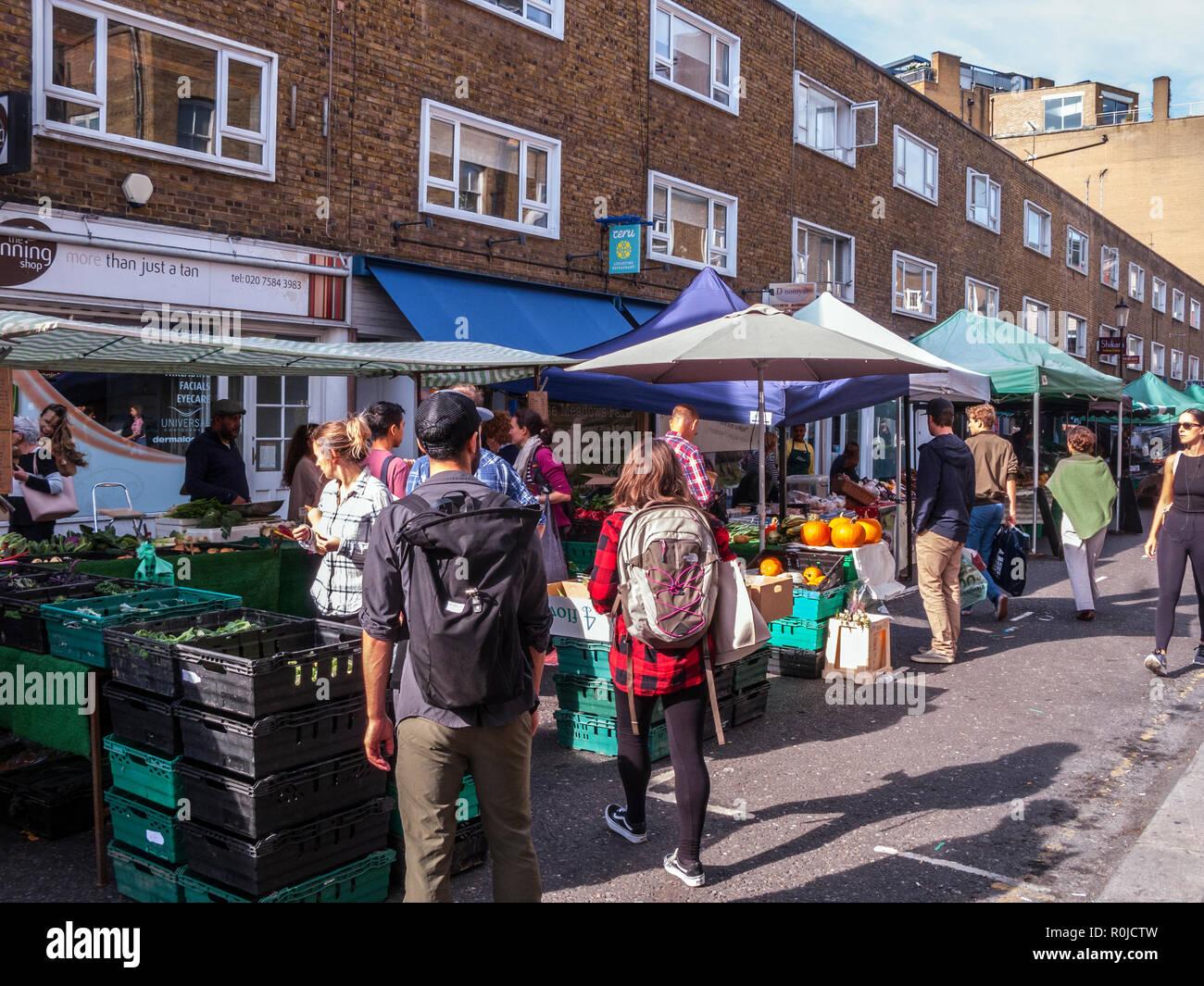 Bute Street Farmers' Market, South Kensington, London Stock Photo