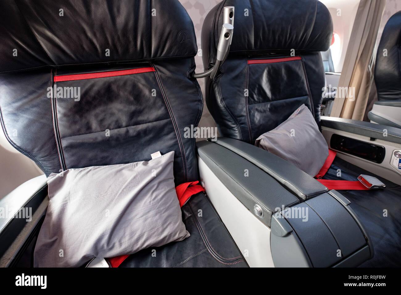 First Class Air Travel Stock Photos Amp First Class Air