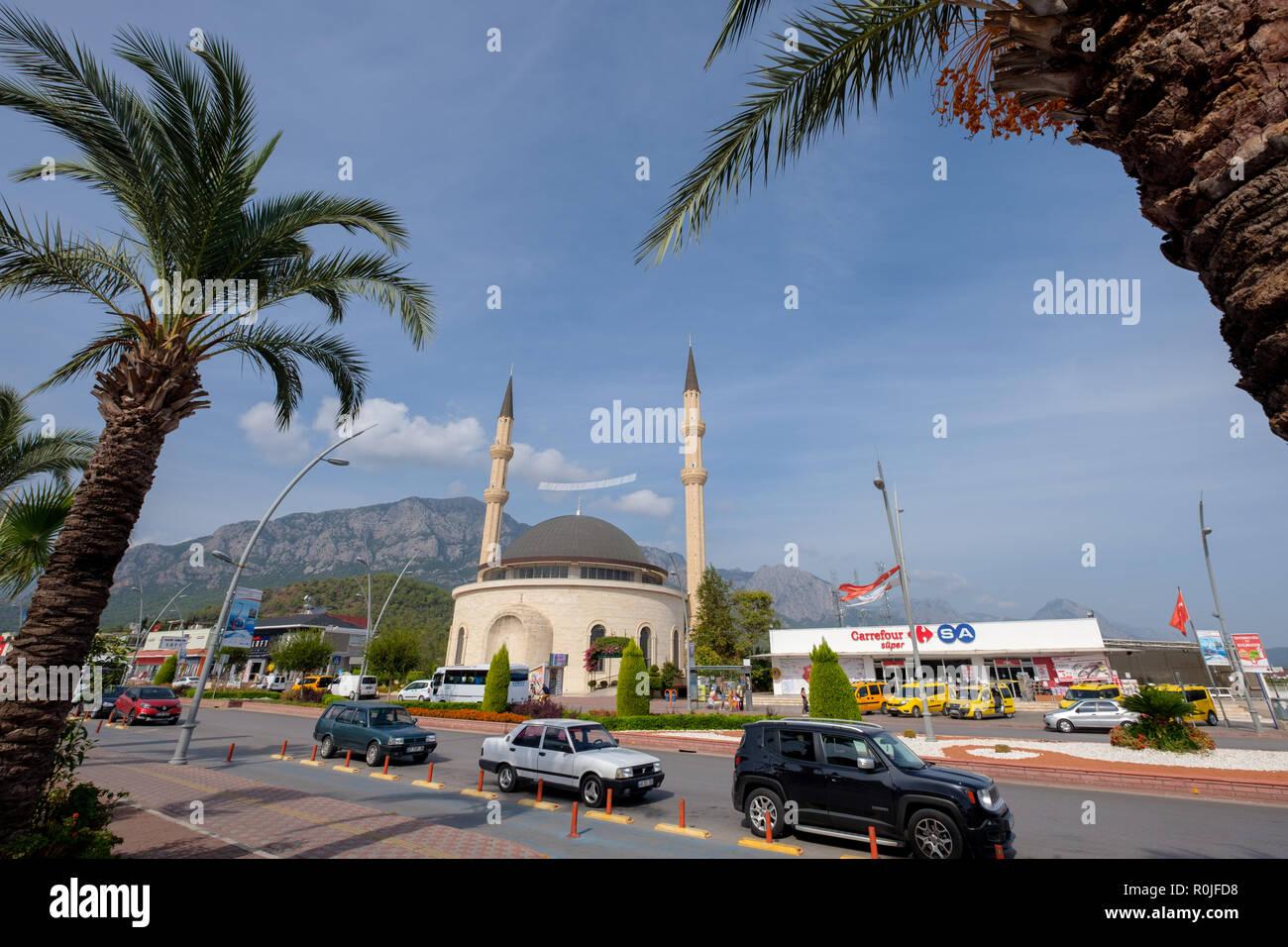 Huzur Cami Islamic mosque in Kemer, Antalya province, Turkey - Stock Image