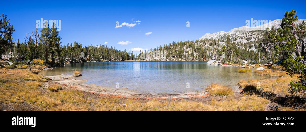 Panoramic view of Steelhead Lake in the Eastern Sierra mountains, California - Stock Image