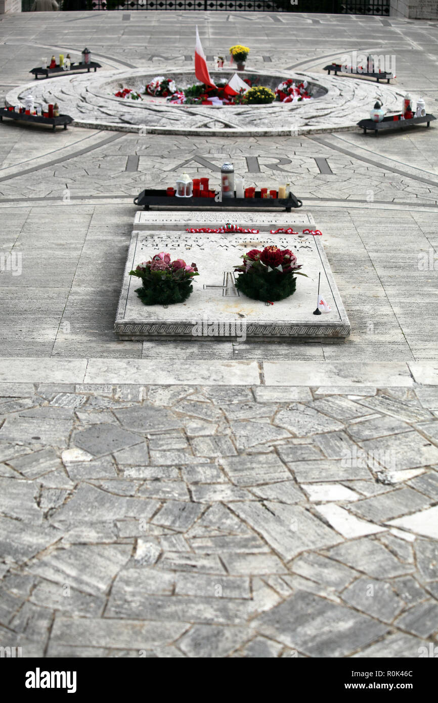 Tomb of General Wladislaw Anders at the Polish War Cemetery Monte Cassino, Italy with his fallen troops of the Free Polish Army WW II Stock Photo