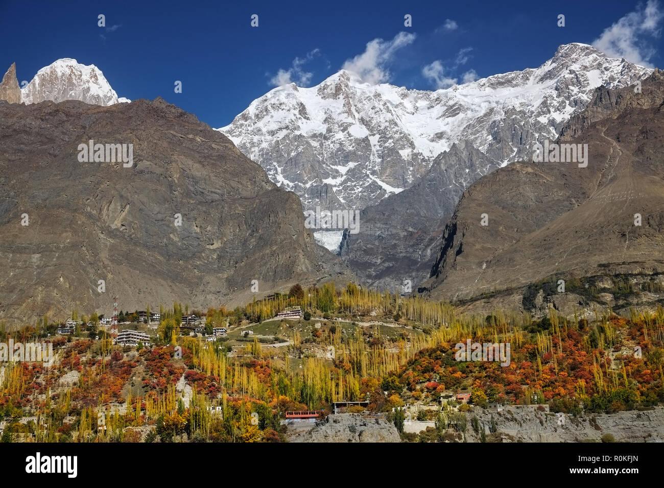 Colorful Karimabad in autumn. Hunza valley, Gilgit-Baltistan, Pakistan. - Stock Image