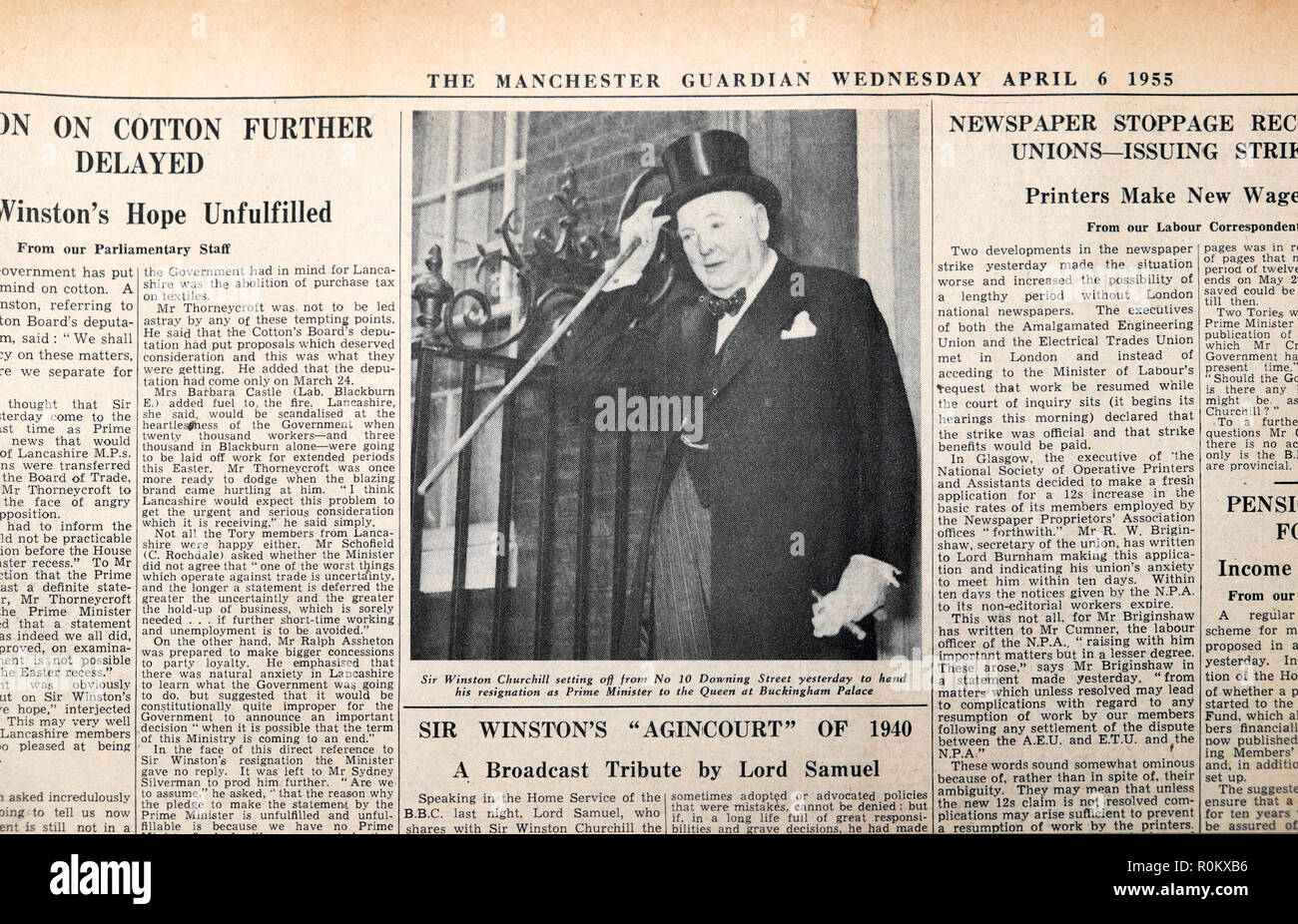 'Sir Winston Churchill setting off from 10 Downing Street to hand his resignation as Prime Minister to the Queen at Buckingham Palace'  6 April 1955 - Stock Image