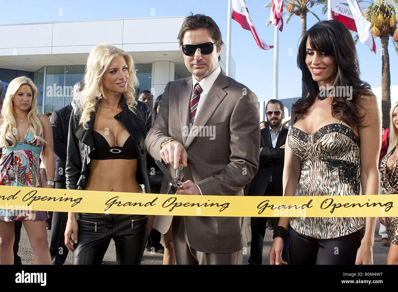 MIDDLE MEN 2009 Paramount Pictures film with from left: Stacey Alysson, Luke Wilson,Diane Sorrentino - Stock Image