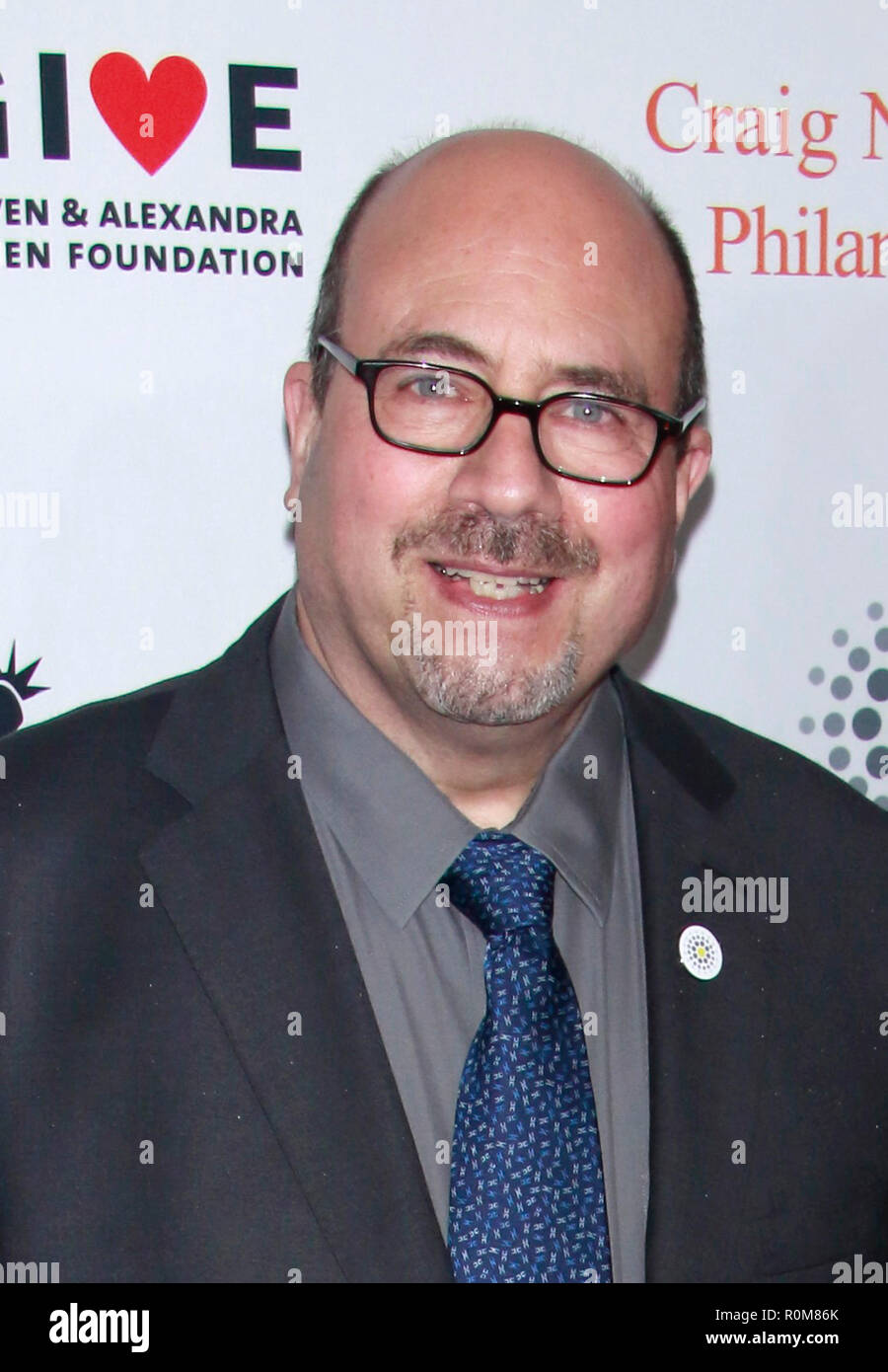 New York, NY, USA. 5th Nov, 2018. Craig Newmark at the 12th Annual Stand Up For Heroes event honoring veterans at The Hulu Theater at Madison Square Garden in New York City on November 5, 2018. Credit: Diego Corredor/Media Punch/Alamy Live News Stock Photo