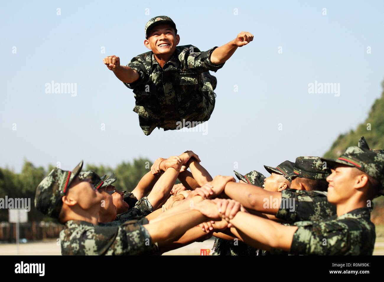 Chongzuo, Chongzuo, China. 6th Nov, 2018. Chongzuo, CHINA-Soldiers attend military training in Chongzuo, southwest China's Guangxi. Credit: SIPA Asia/ZUMA Wire/Alamy Live News - Stock Image