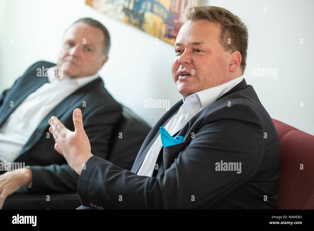 Berlin, Germany. 06th Nov, 2018. Franz Kerker (AfD, r), member of the Berlin House of Representatives, and Georg Pazderski, leader of the AfD parliamentary group in the Berlin House of Representatives, will speak to journalists in the party's parliamentary group rooms about the interim status of the AfD Internet portal 'Neutrale Schule'. On 22.10. the Berlin AfD had put a website online, on which pupils and parents can tell if teachers in class are critical of the AfD. Credit: Arne Immanuel Bänsch/dpa/Alamy Live News - Stock Image