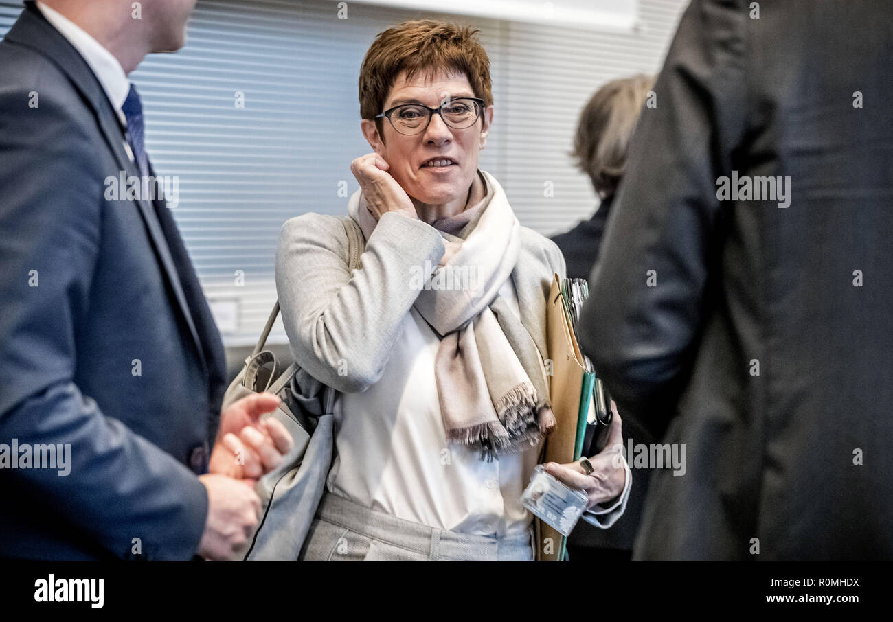 Berlin, Germany. 06th Nov, 2018. Annegret Kramp-Karrenbauer, Secretary General of the CDU, will attend the session of the CDU/CSU parliamentary group in the Bundestag. Credit: Michael Kappeler/dpa/Alamy Live News - Stock Image