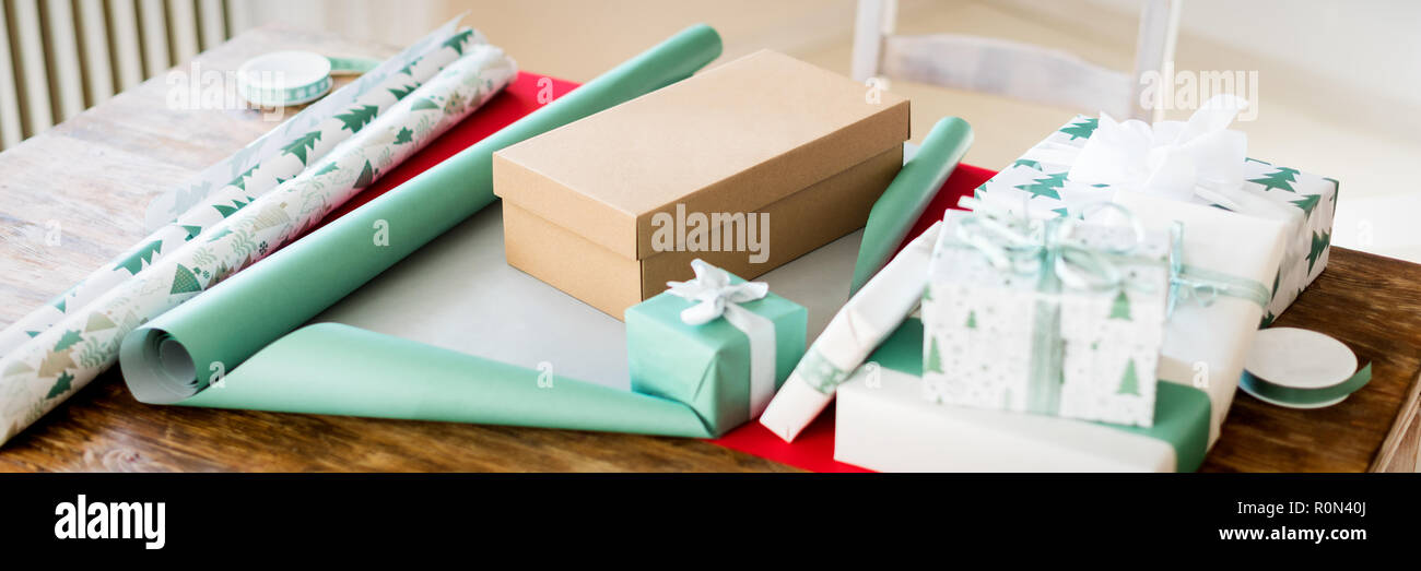 Christmas Gift Wrapping Station.Diy Gift Wrapping Beautiful Nordic Christmas Gifts On