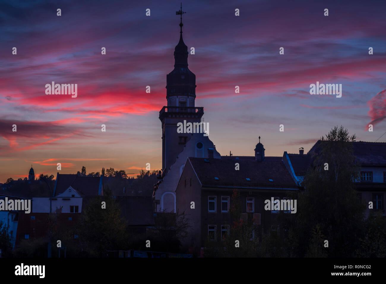 Werdau, Rathaus im Sonnenuntergang, blaue Stunde, Sachsen - Stock Image