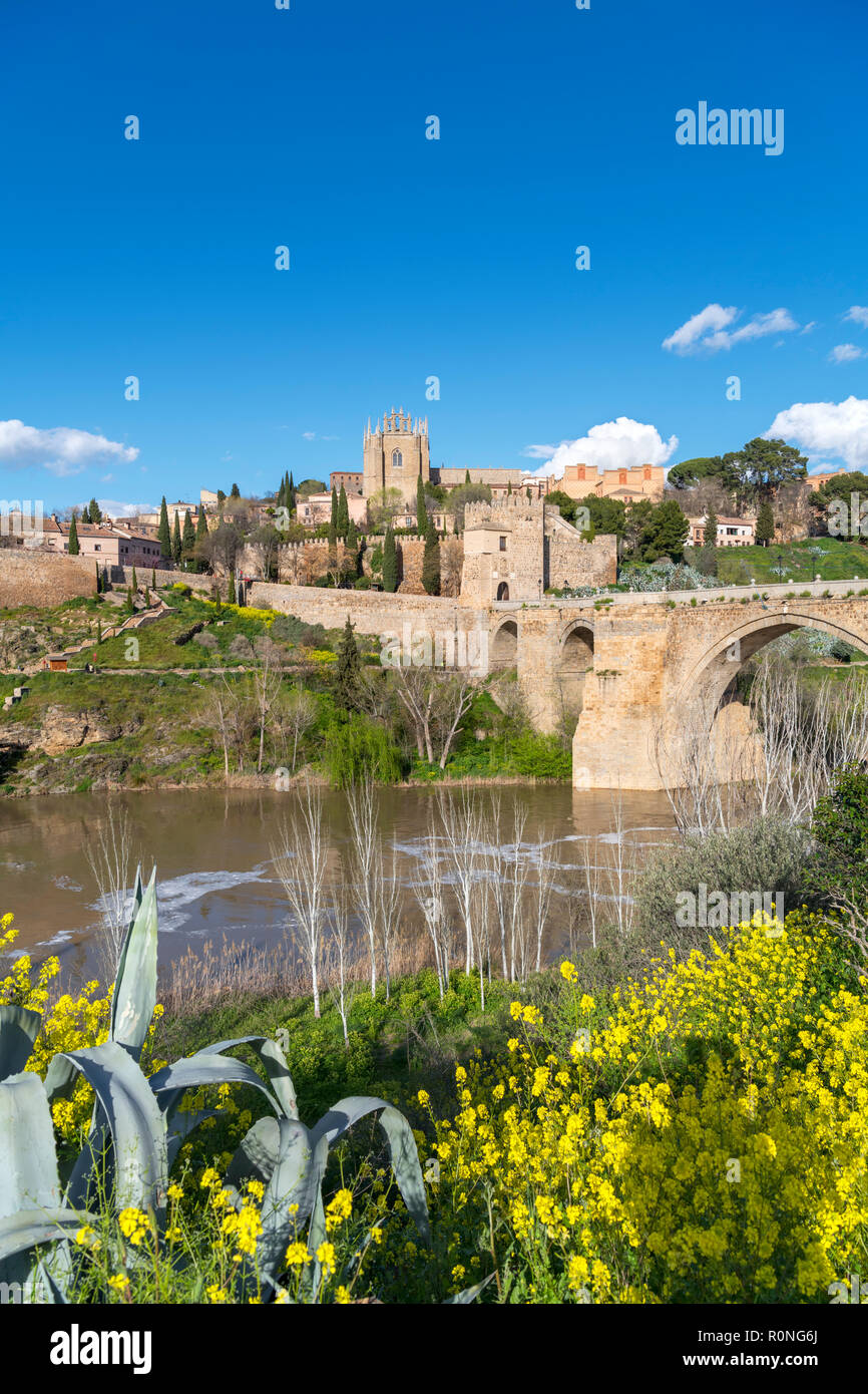 Toledo, Spain. The historic old town, River Tagus and Puente San Martin, Toledo, Castilla-La Mancha, Spain - Stock Image
