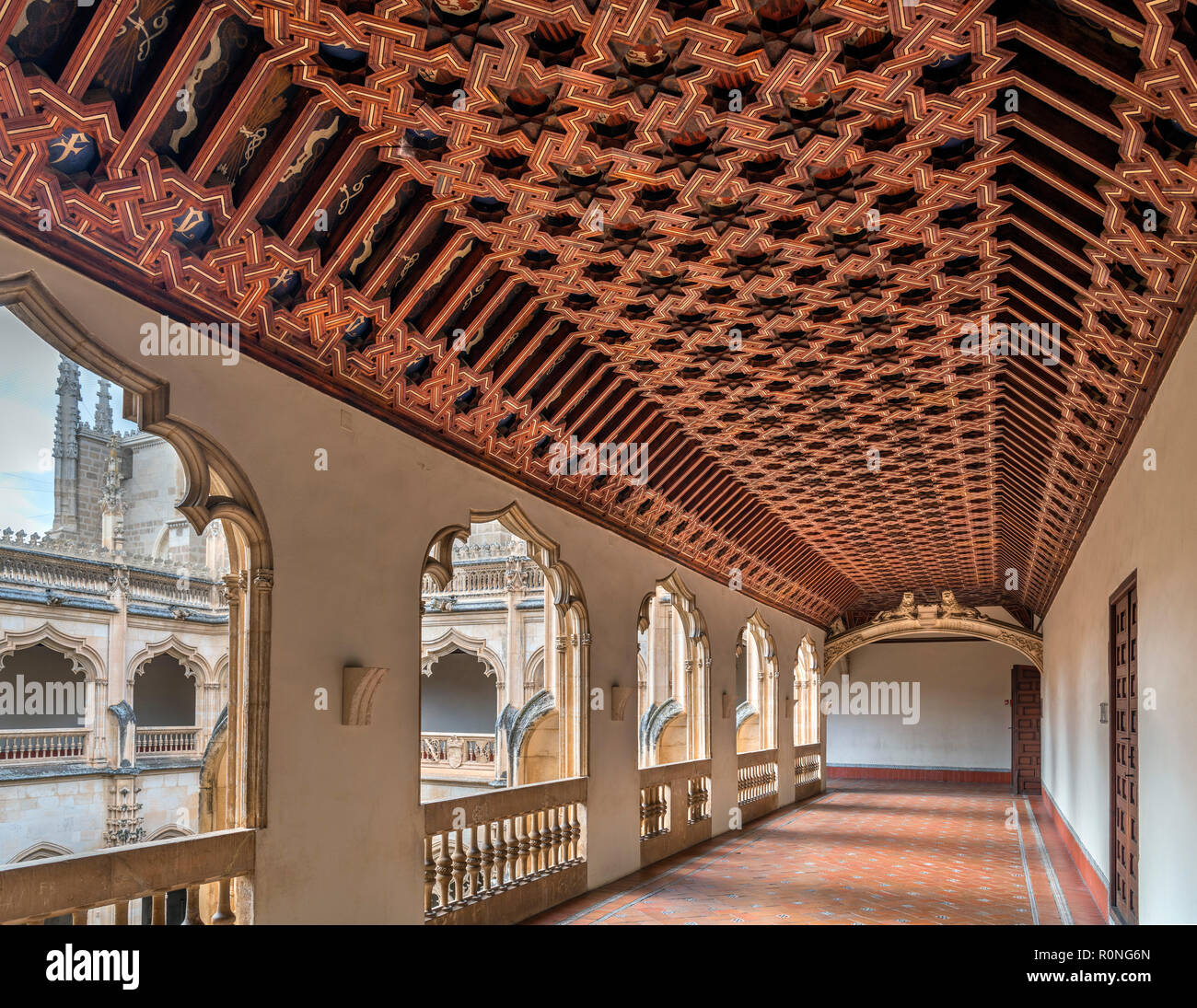Mudejar ceiling in the Upper Cloisters of the Monastery of San Juan de los Reyes, Toledo, Castilla-La Mancha, Spain - Stock Image