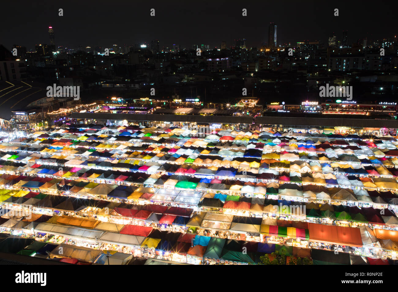 Bangkok nightmarket - Stock Image