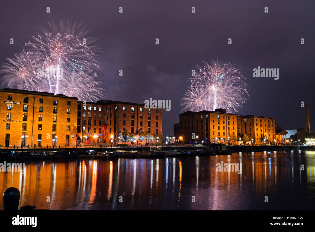 Fireworks Barges High Resolution Stock Photography And Images Alamy