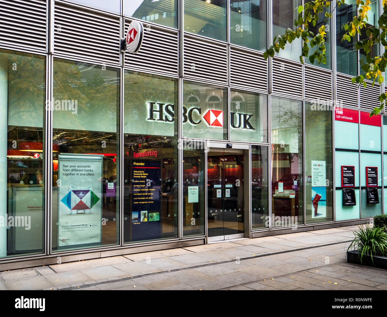 Hsbc Bank Branch Stock Photos & Hsbc Bank Branch Stock Images - Alamy