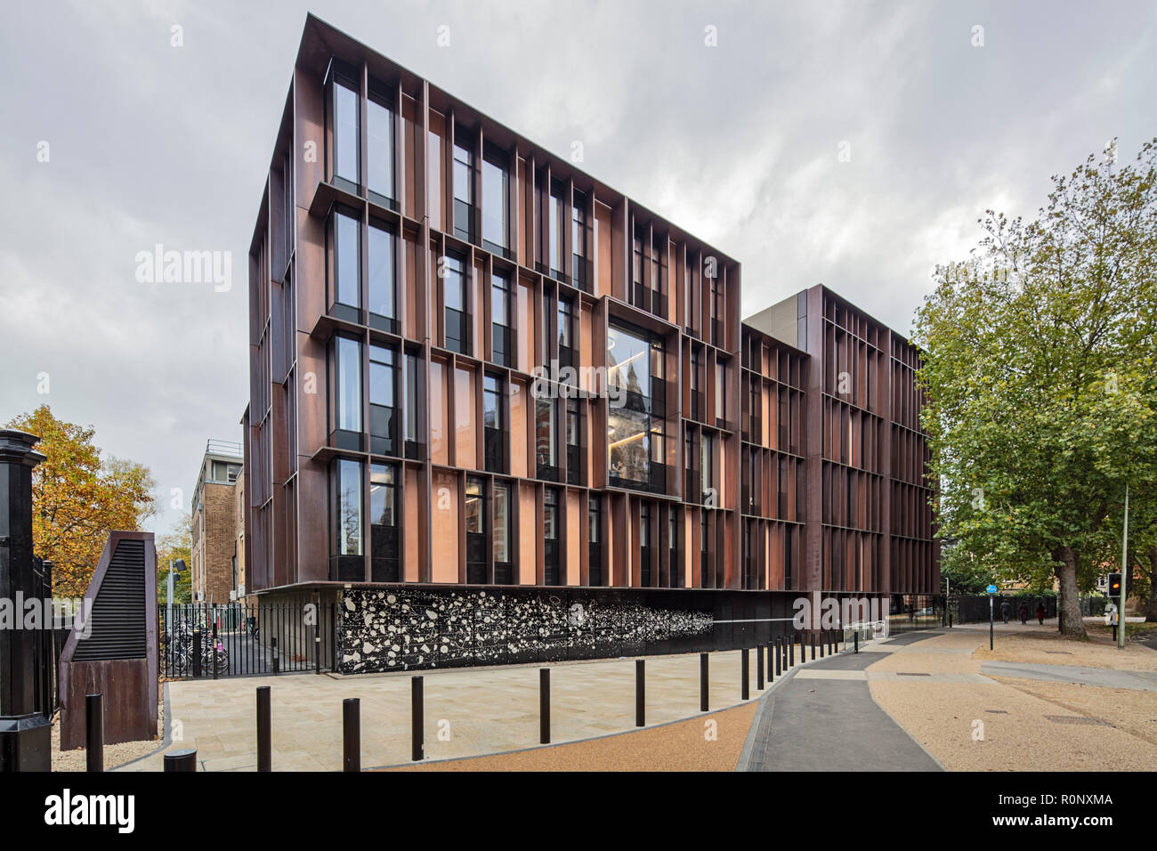 The Beecroft Building, Oxford University Department of Physics - Stock Image