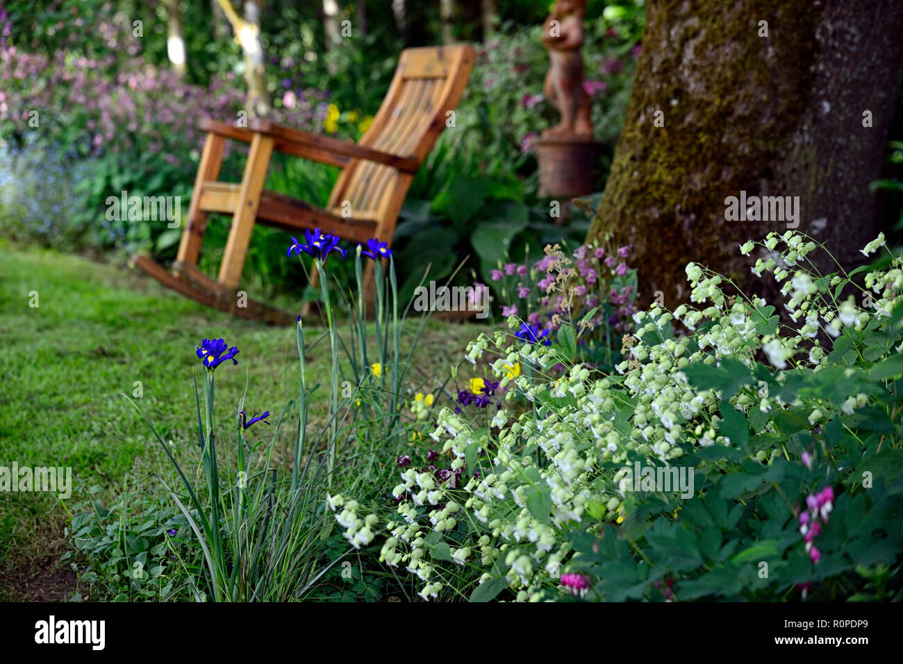 Yellow Garden Furniture Stock Photos Amp Yellow Garden