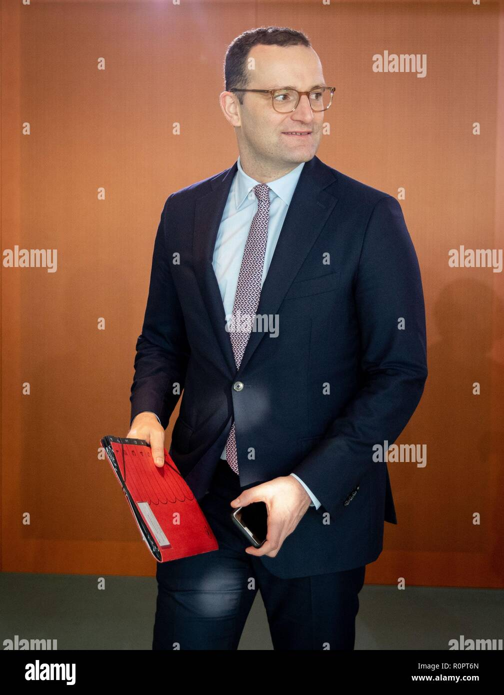 Berlin, Germany. 07th Nov, 2018. Jens Spahn (CDU), Federal Minister of Health, attends the Federal Cabinet meeting at the Federal Chancellery. Credit: Kay Nietfeld/dpa/Alamy Live News - Stock Image